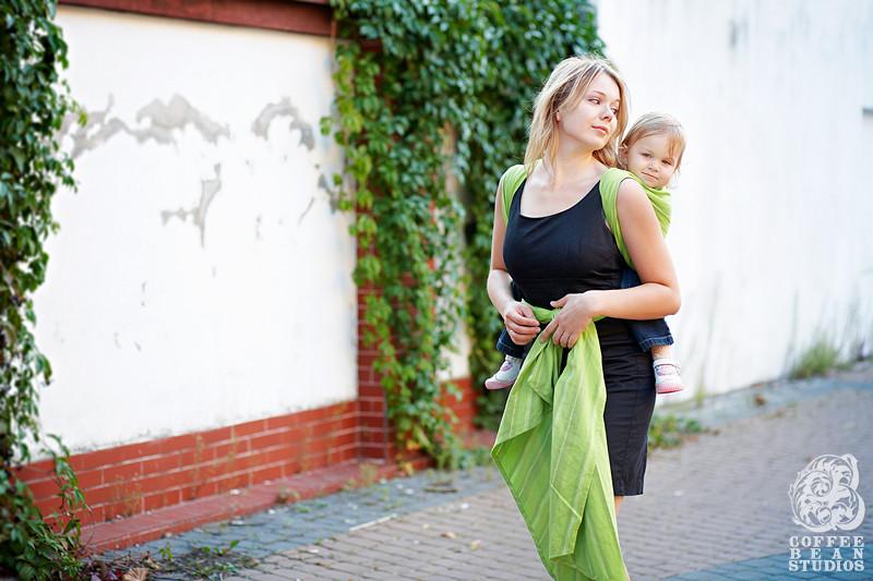 Adam Rogala forograf, CoffeeBeanstudios.pl, Coffee Bean Studios, fotografia rodzinna, zdjęcia dzieci, LennyLamb, chustonoszenie, piękne wiązania chust, chusty elastyczne, rodzicielstwo bliskości