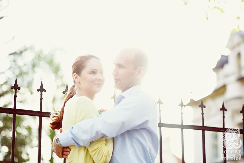 Fotograf ślubny, zdjęcia ślubne, Adam Rogala, Coffeebeanstudios.pl, Coffee Bean Studios, sesja narzeczeńska w Supraślu, fotograf ślubny Supraśl, piękna para narzeczona