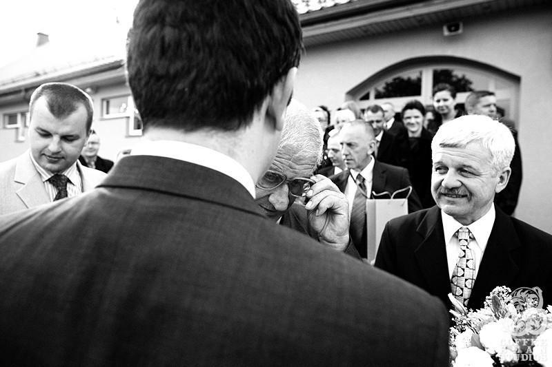 fotografia slubna bialystok, Fotografia ślubna Białystok, piękne zdjęcia ślubne Białystok, Coffee Bean Studios, dużo zdjęć ślubnych, piękna panna młoda, piękna suknia ślubna, Hajnówka, Siemiatycze, Łomża, Suwałki, Wyszków, Mońki, Bielsk Podlaski, Sokółka, fotograf na śłub